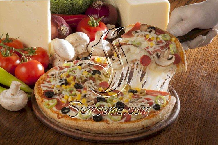 طريقة عمل بيتزا سوبر سوبريم بالذرة