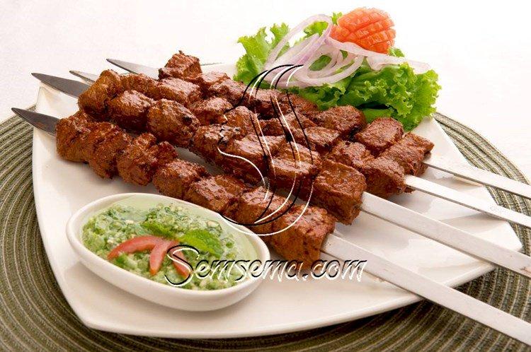 طريقة عمل شيش طاووق اللحم